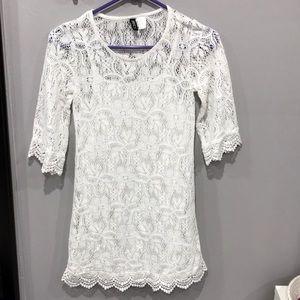 H&M White Lace Quarter Sleeve Mini Dress